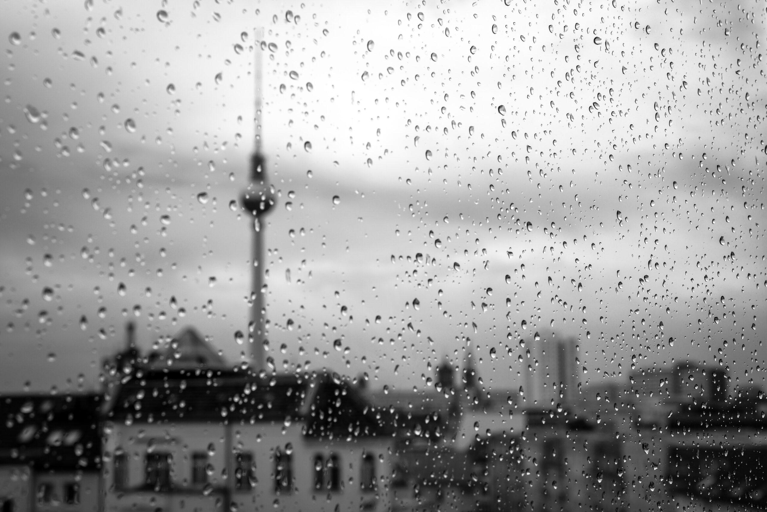 Berlin bei Regen scaled